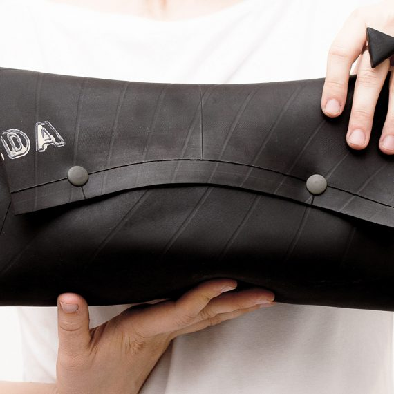 baguette-1-abstract-1-clutch-bag-ring-r-polymer-clay-steel