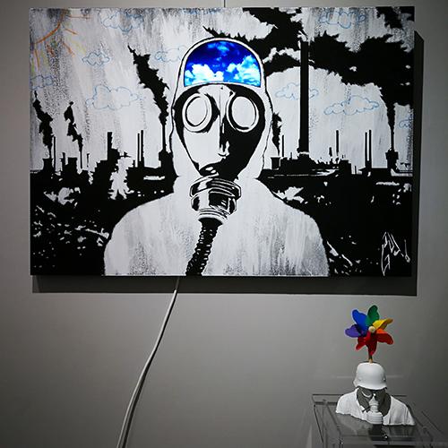 Pittura acrilica e schermo video su mdf e stampa 3D, 2019, 70x100 cm