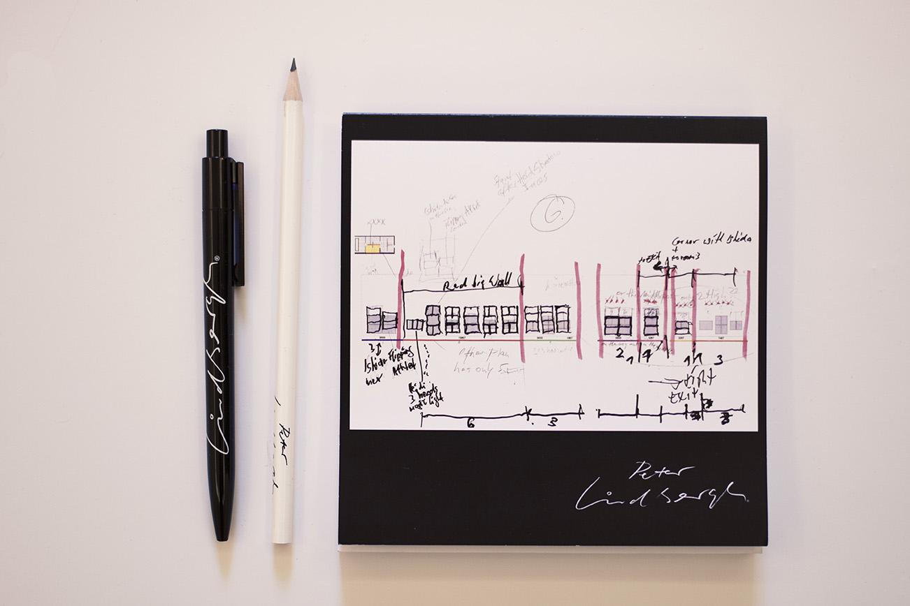 blocco note matita e penna